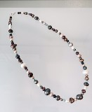 Single-strand mixed pearl necklace